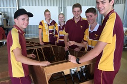 Aero students building plane